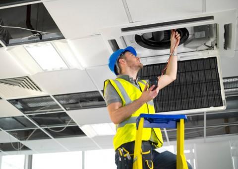 airconditioning-maintenance-480x340